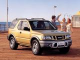 Isuzu MU 1998–2002 images