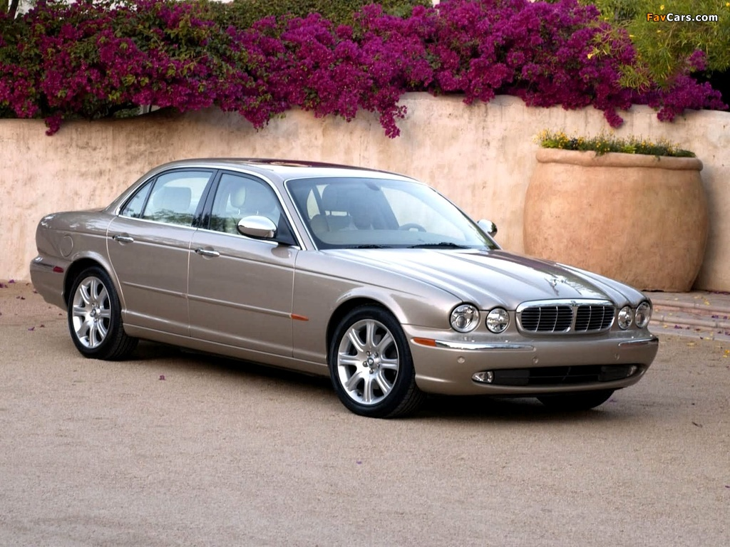 2004 Jaguar Xj8 Vanden Plas likewise Discussion T30516 ds622133 in addition Jaguar Engine Diagram further 2000 Cherokee Classic Fuse Diagram 186055 additionally 2001 Lincoln Ls Fuse Box Diagram. on 2004 jaguar xj8 fuse box diagram