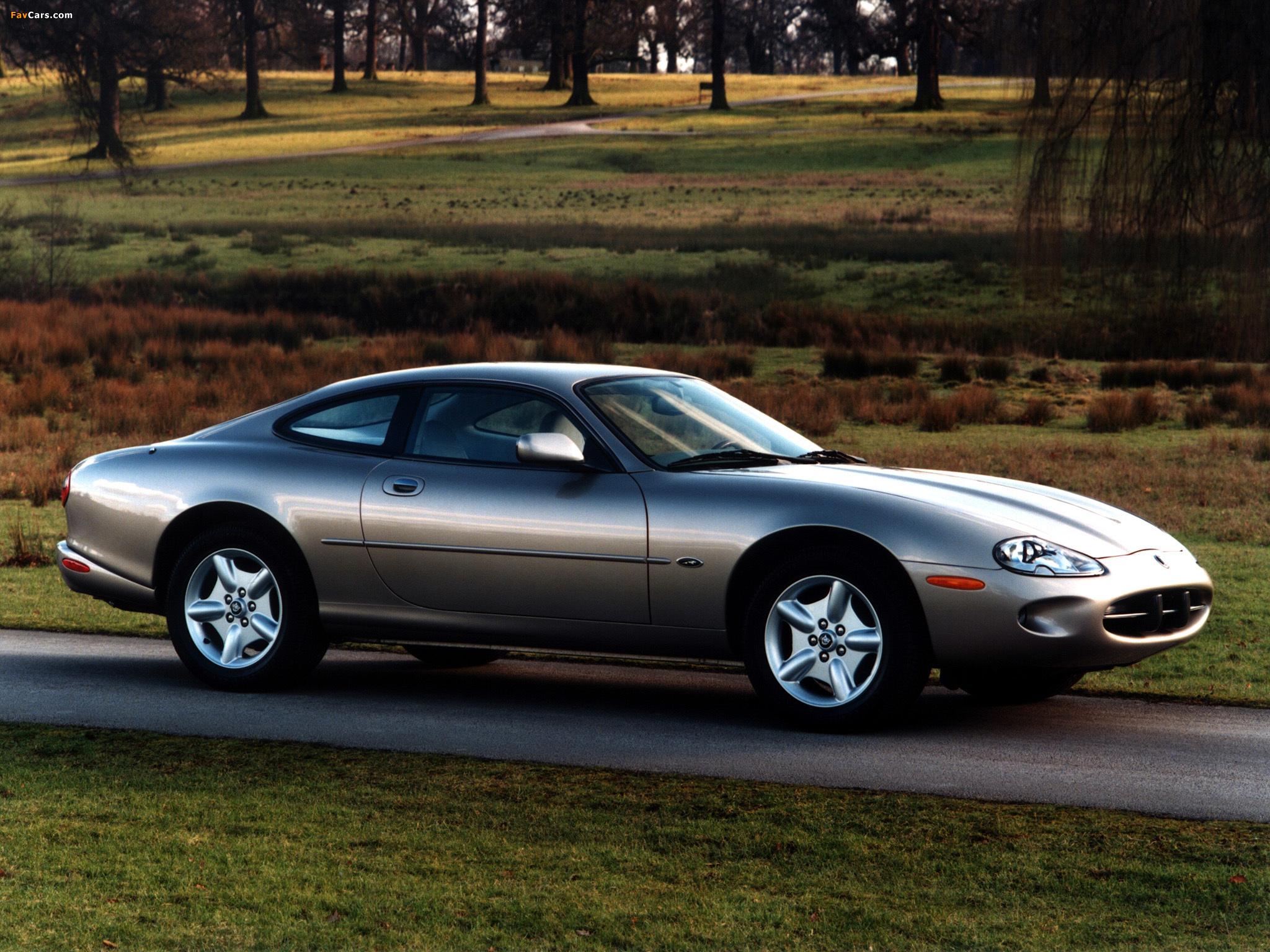 Jaguar XK8 Coupe 1996–2002 photos (2048 x 1536)