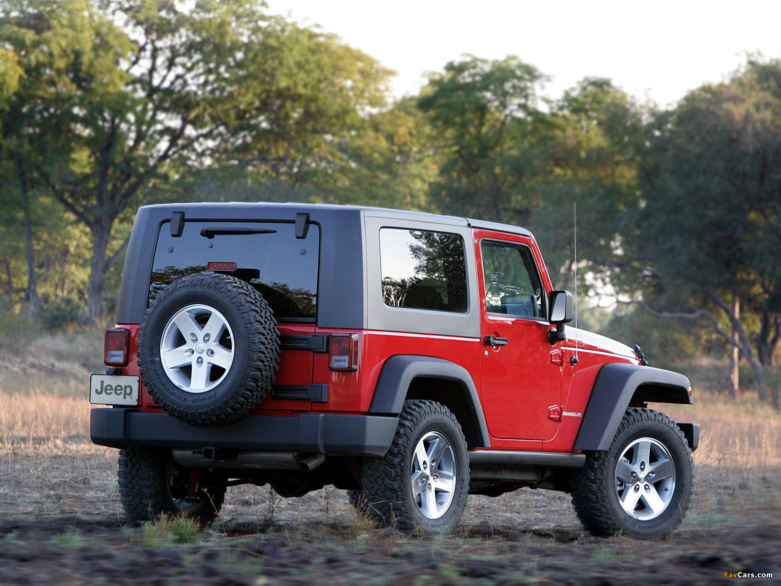Jeep wrangler limited 2015 wiht soft top for 4 pax featured