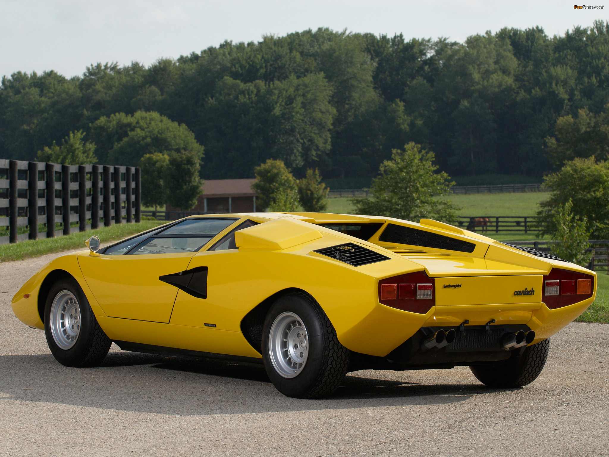 official lamborghini countach thread. Black Bedroom Furniture Sets. Home Design Ideas