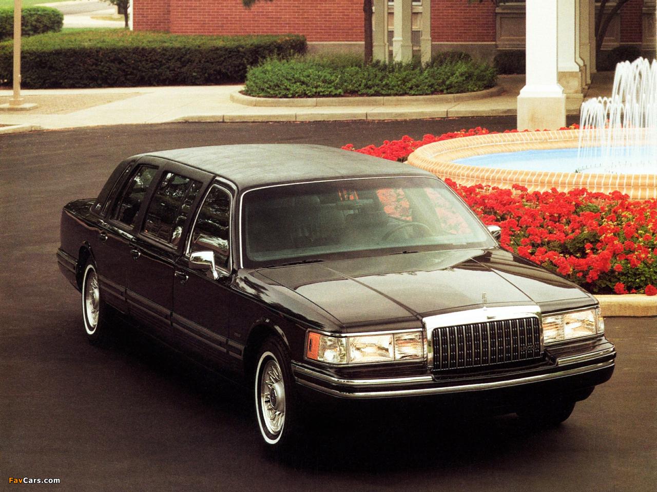 Photos Of Lincoln Town Car 6 Door Limousine 1992 94 1280x960