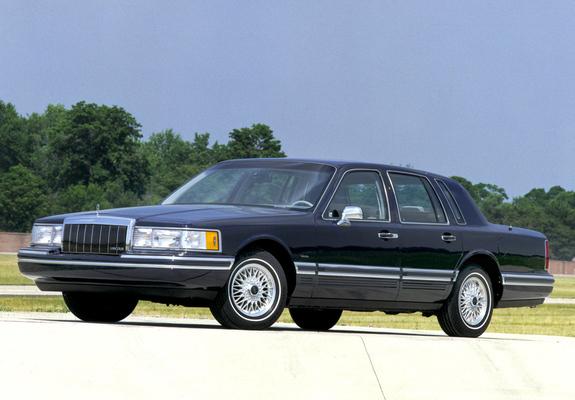 Lincoln Town Car >> Photos of Lincoln Town Car 1992–94 (1024x768)
