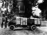 Images of Mack 5-ton Stake Truck 1905