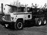 Pictures of Mack R700 1965–90