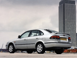 Pictures of Mazda 626 Hatchback UK-spec (GF) 1997–2002