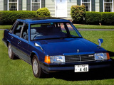 Mazda Luce Saloon RE 1981–83 wallpapers