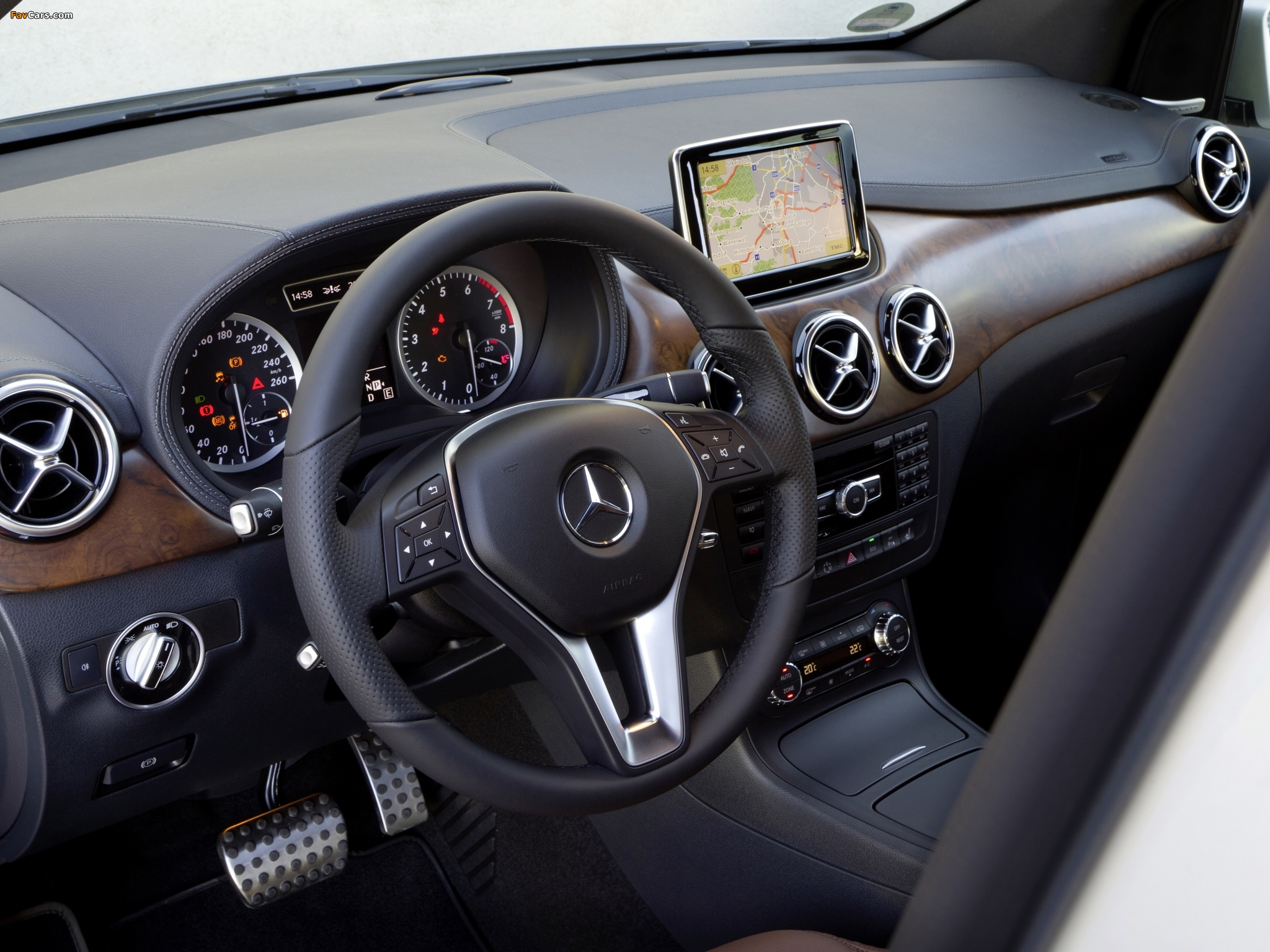 mercedes benz b 180 blueefficiency w246 2011 wallpapers 2048x1536. Black Bedroom Furniture Sets. Home Design Ideas