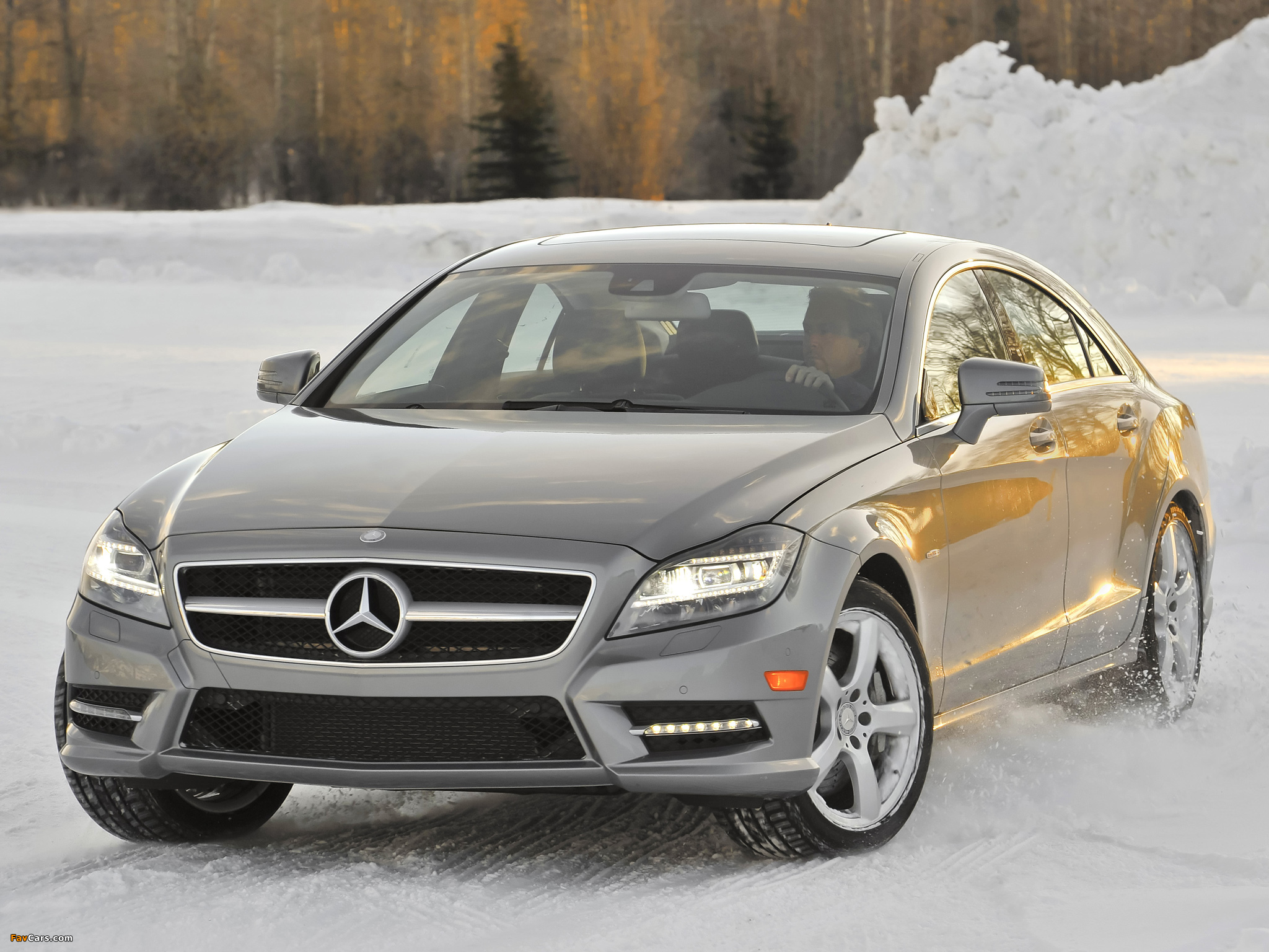 Pictures Of Mercedes Benz Cls 550 4matic Amg Sports