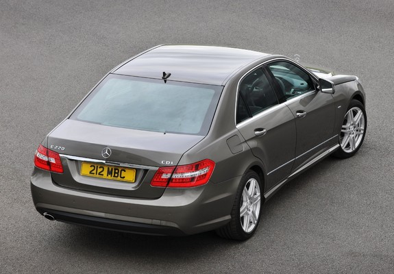 photos of mercedes benz e 220 cdi amg sports package uk spec w212 2009 12. Black Bedroom Furniture Sets. Home Design Ideas