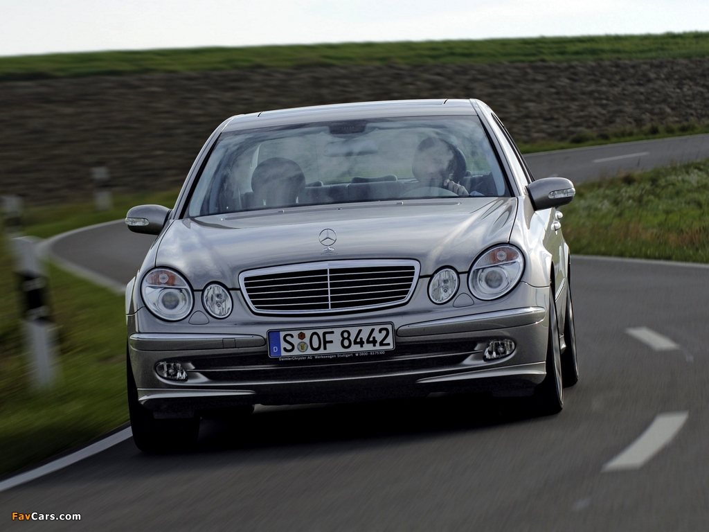 Suvs in addition E Class Sedan likewise Bmw 420d Coupe Vs Mercedes Benz E350 Bluetec Coupe 13 besides 2013 11 01 archive as well New Mercedes Benz E Class 2016 In Pictures. on mercedes benz e 350