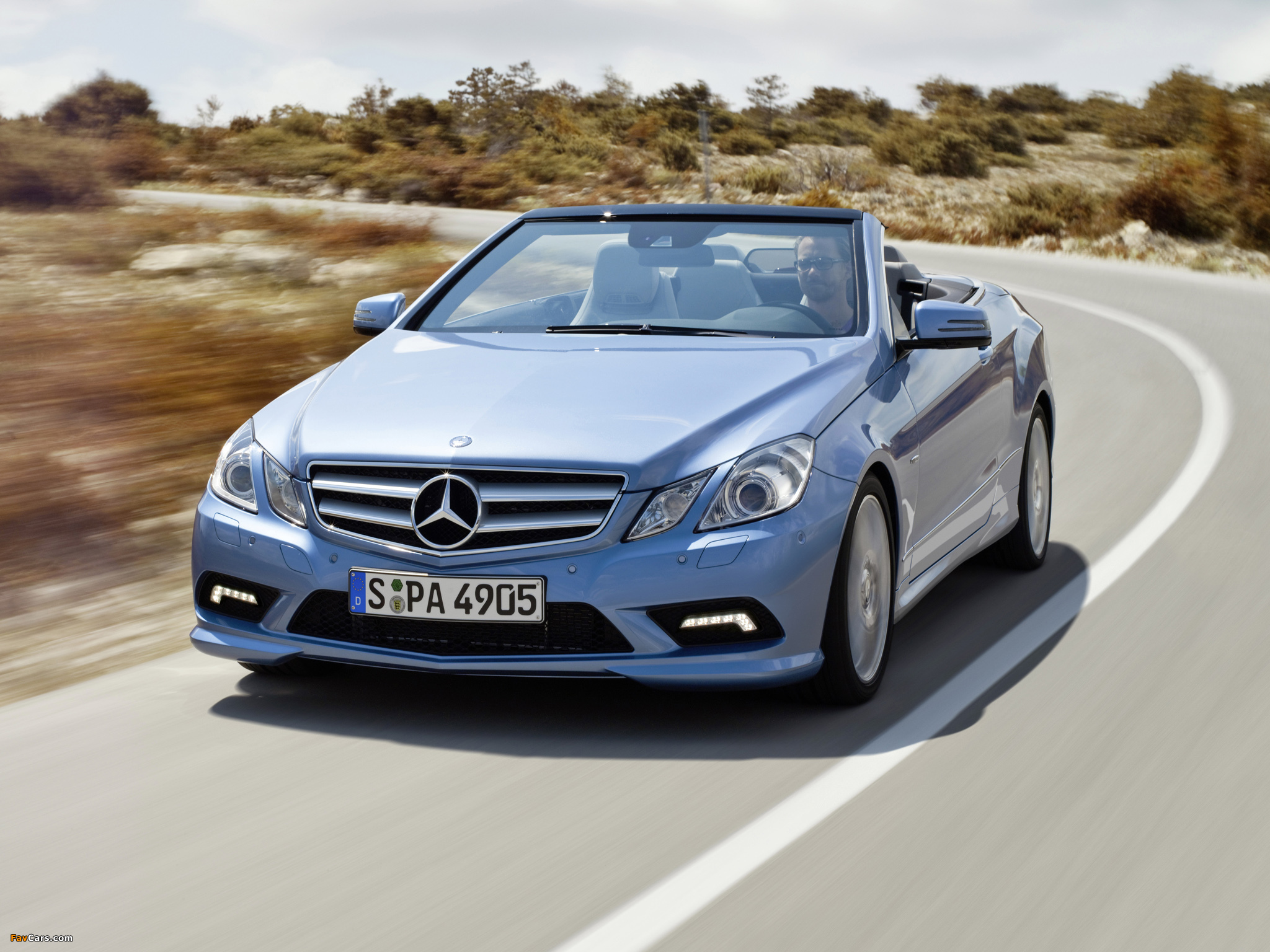 Pictures of mercedes benz e 500 cabrio amg sports package for Mercedes benz e350 amg 2010