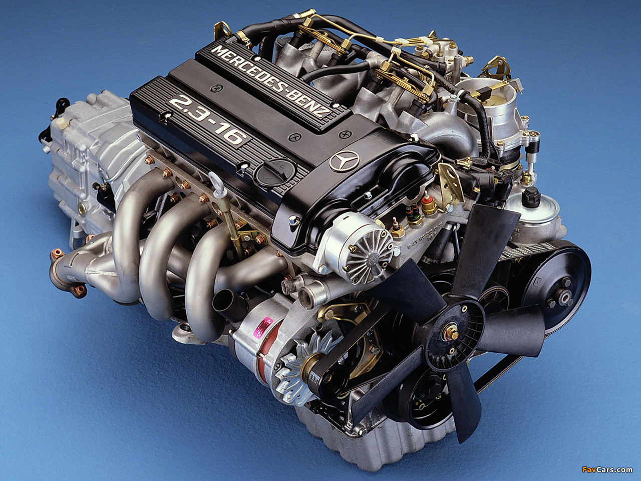 Mercedes benz wallpapers 1280x960 for Engine for mercedes benz