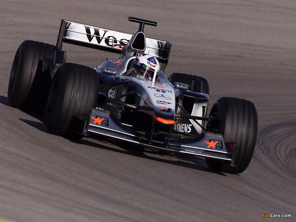 Equipe McLaren de Formula 1 de 2001 - favcars.com