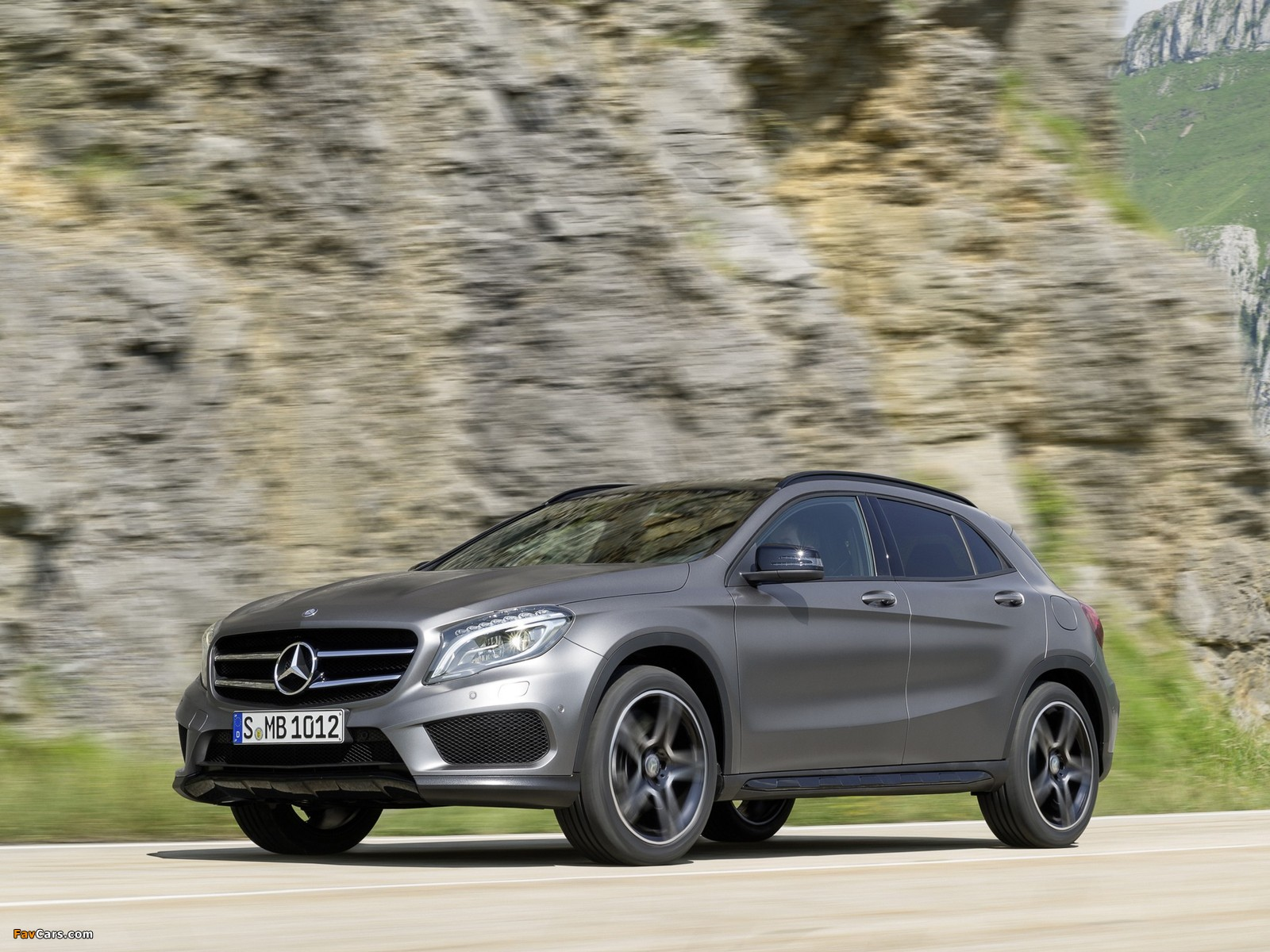 Wallpapers of mercedes benz gla 250 4matic amg sport for Mercedes benz gla 250