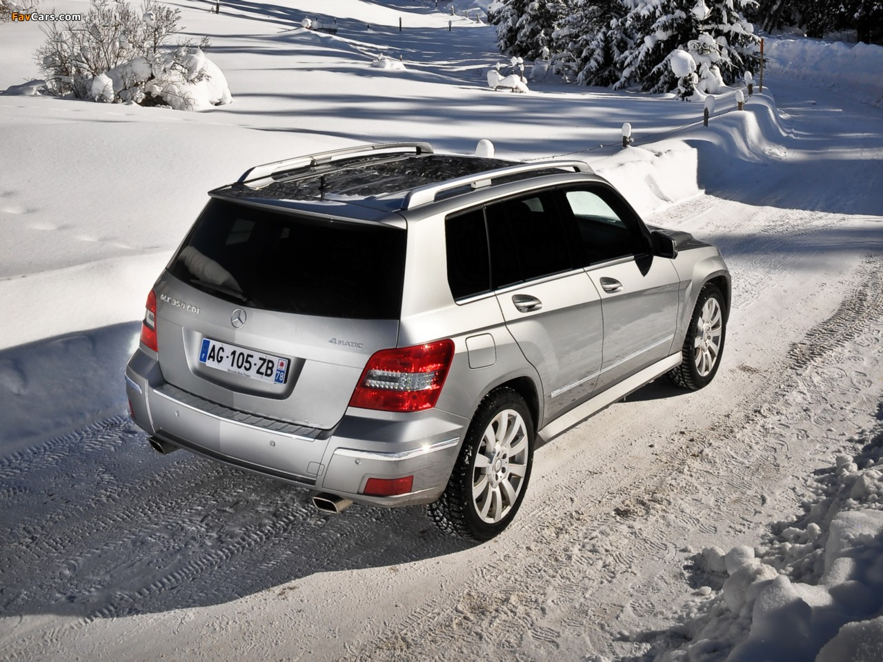Pictures of mercedes benz glk 350 cdi x204 2008 12 for Mercedes benz glk 2009 used