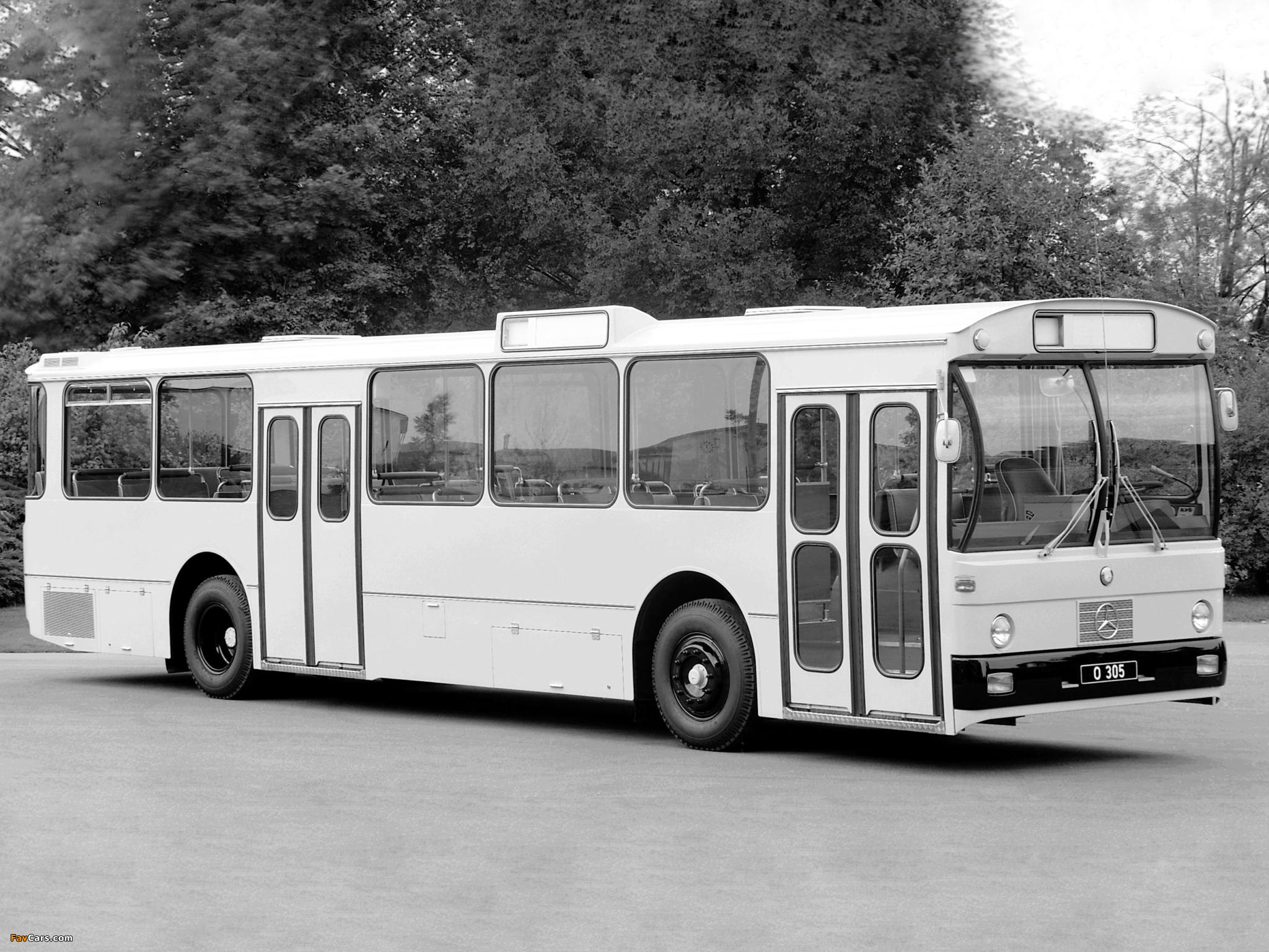 Mercedes benz wheels o305 o405n1 gn1 o405n2 gn2 citaro for Mercedes benz transit