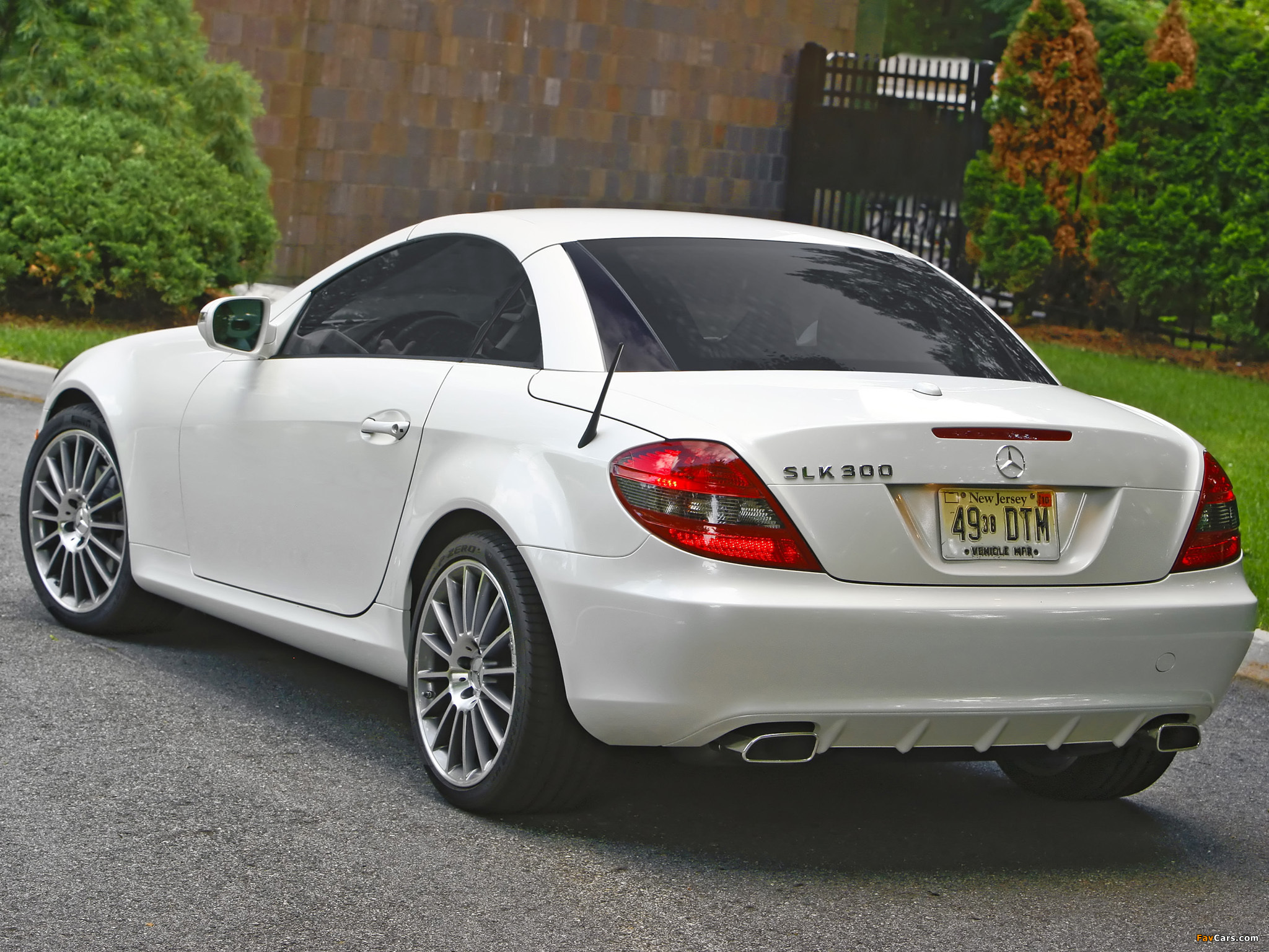 Mercedes benz slk 300 diamond white edition us spec r171 for Mercedes benz slk 300