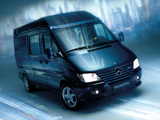 Photos of Mercedes-Benz Sprinter Mobile Black Office Concept 2001