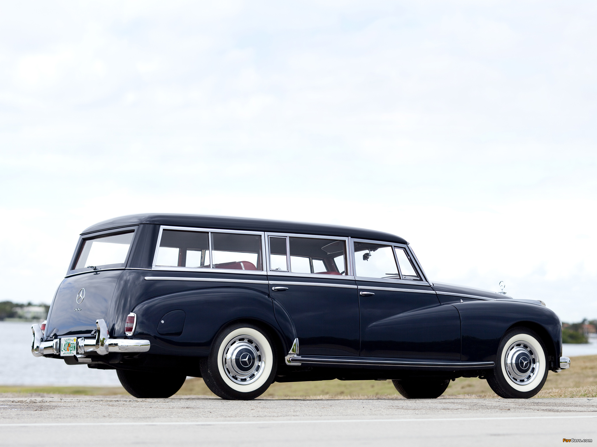 Photos of mercedes benz 300c station wagon by binz 1956 for Mercedes benz 300c