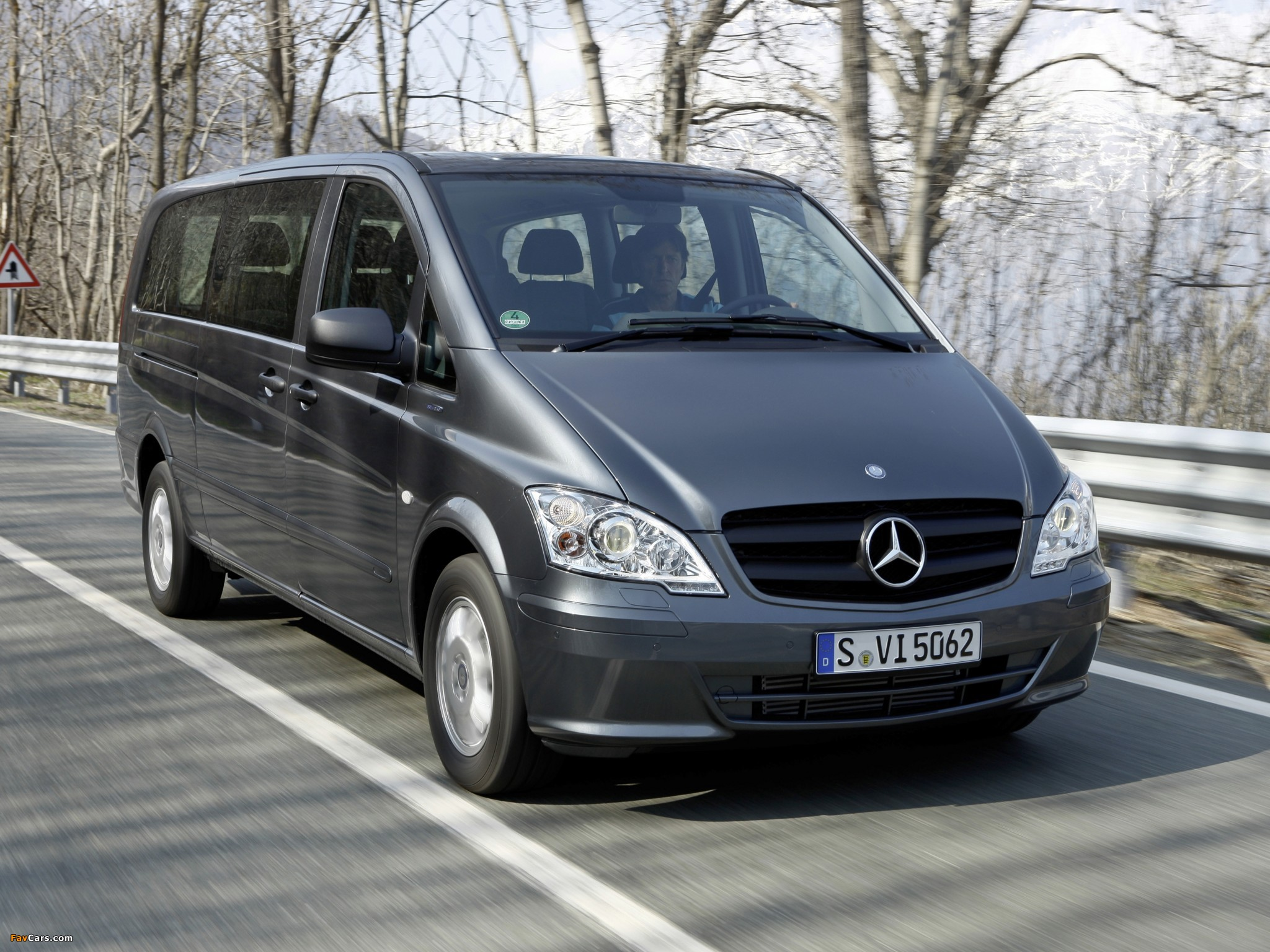Mercedes benz vito shuttle w639 2011 pictures 2048x1536 for Mercedes benz shuttle