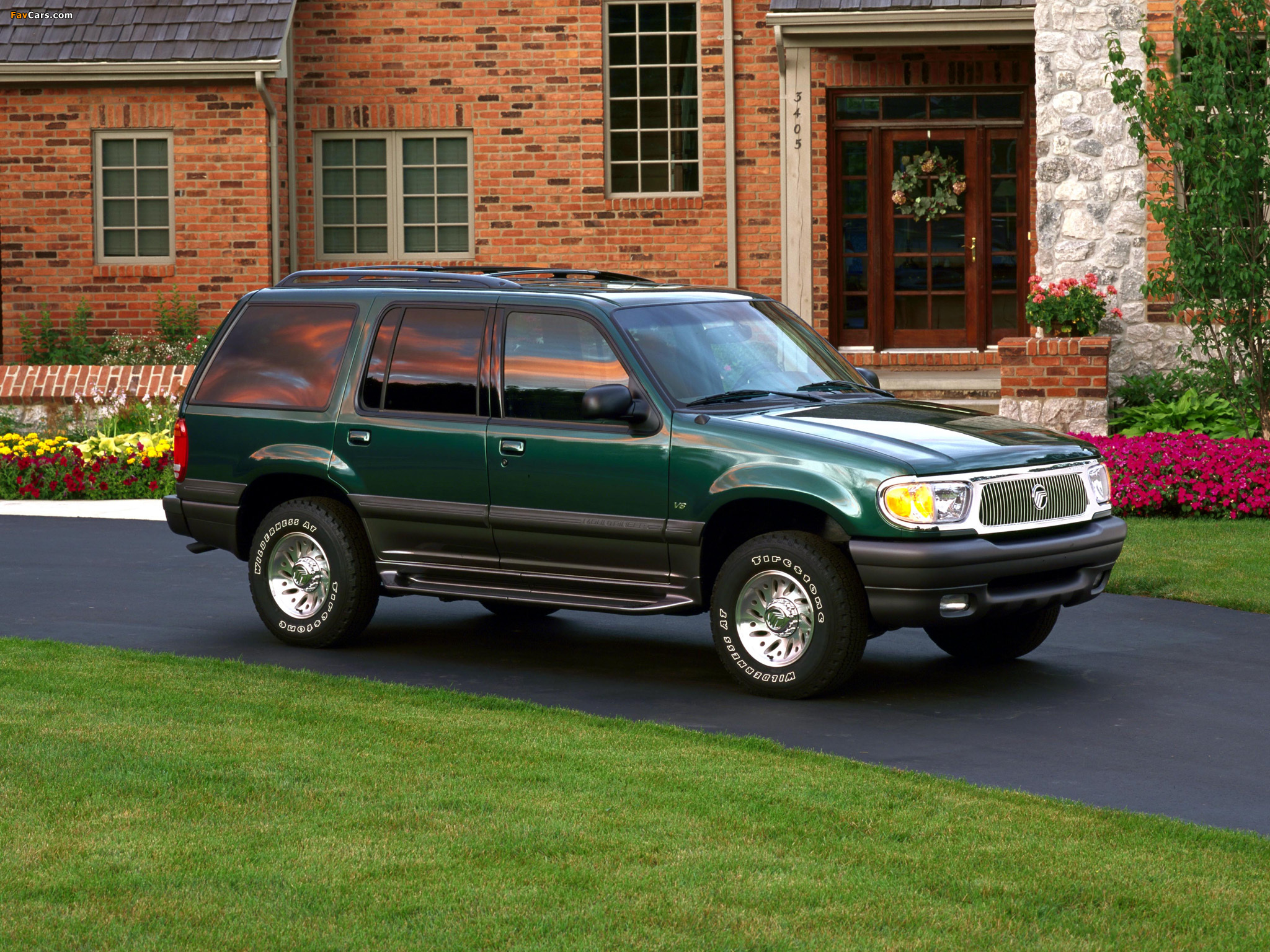 1998 mercury mountaineer ours is identical to this brochure photo