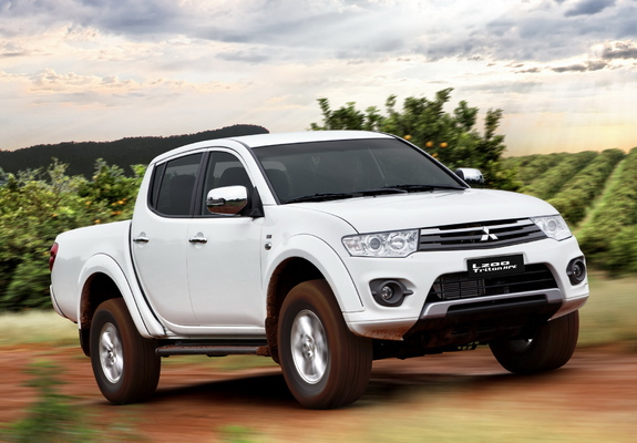 Wallpapers of Mitsubishi L200 Triton HPE 2014