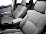 Mitsubishi Outlander US-spec 2009 images