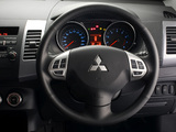 Mitsubishi Outlander ZA-spec 2010–12 wallpapers
