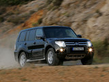 Images of Mitsubishi Pajero 5-door 2006–11
