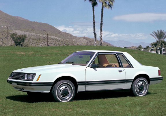 mustang coupe 1979 82 photos. Black Bedroom Furniture Sets. Home Design Ideas