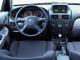 Pictures of Nissan Almera 5-door (N16) 2003–06