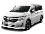 Pictures of Nissan Elgrand Highway Star Urban Chrome (E52) 2011