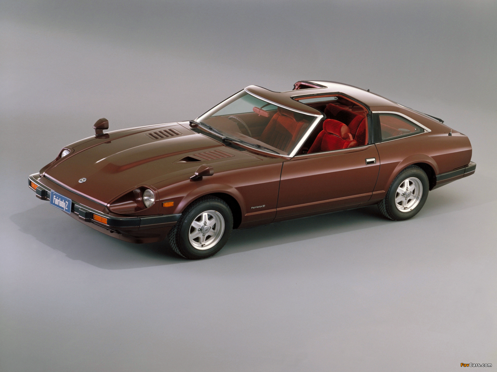 Photos of Nissan Fairlady 280Z-T T-Roof (HGS130) 1980–83 (1600 x ...