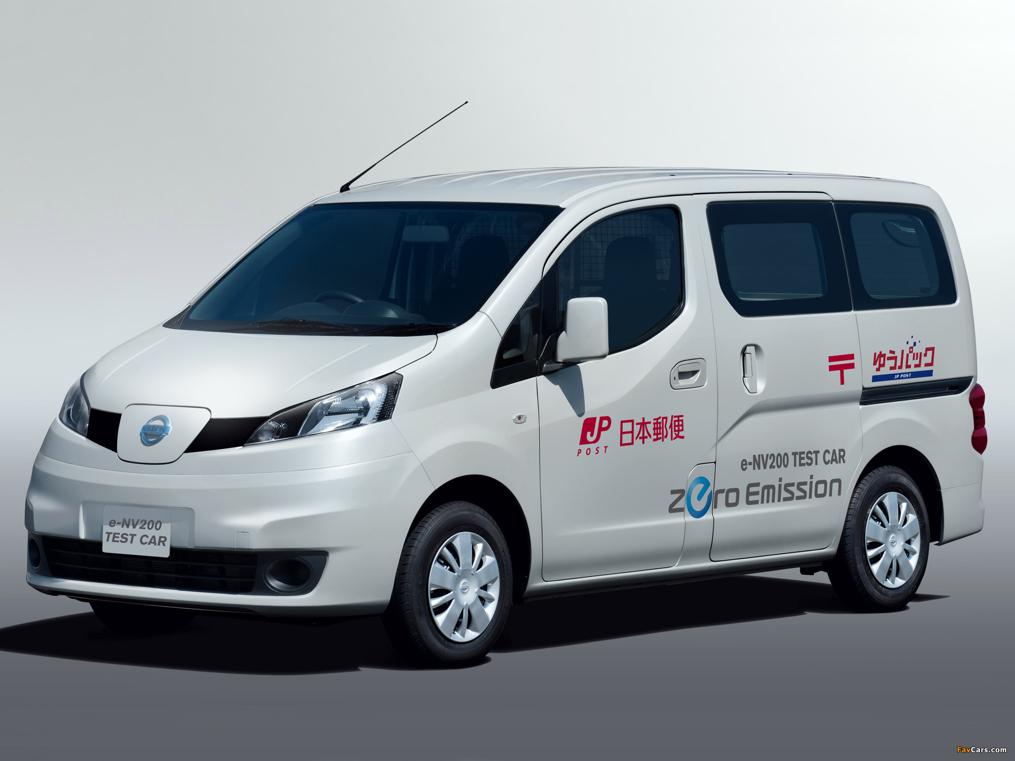 images of nissan e nv200 test car 2011 2048x1536. Black Bedroom Furniture Sets. Home Design Ideas