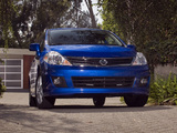 Images of Nissan Versa Hatchback 2009