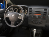Pictures of Nissan Versa Hatchback 2009
