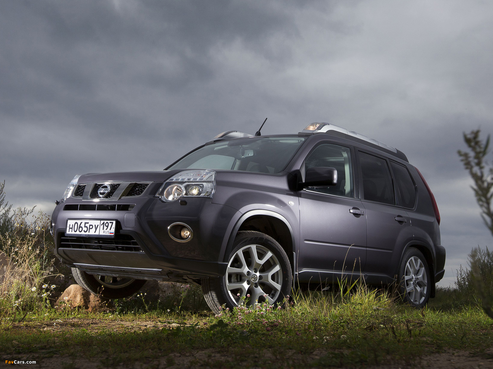 pictures of nissan x trail t31 2010 1600x1200. Black Bedroom Furniture Sets. Home Design Ideas