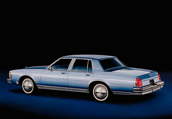 Photos of Oldsmobile Delta 88 Royale Brougham Sedan 1980–841980 Oldsmobile Delta 88 Royale Brougham