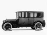 Photos of Packard Six Salon Limousine 1915