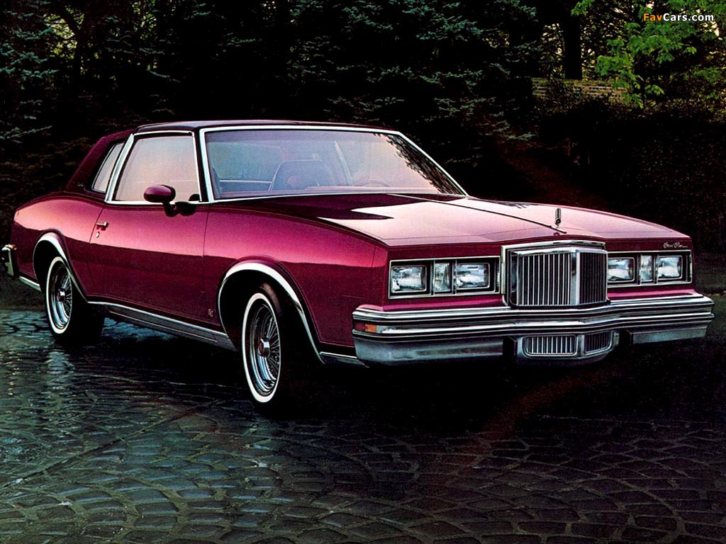 1982 Pontiac Grand Prix Hot Girls Wallpaper
