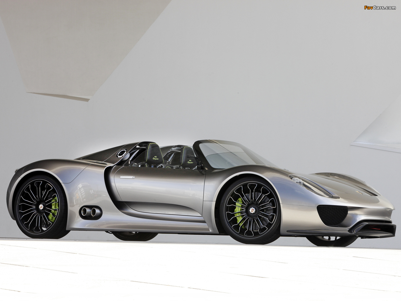 porsche 918 spyder concept 2010 pictures 1280x960. Black Bedroom Furniture Sets. Home Design Ideas