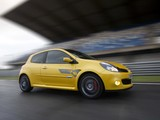 Photos of Renault Clio R.S. F1 Team R27 2007