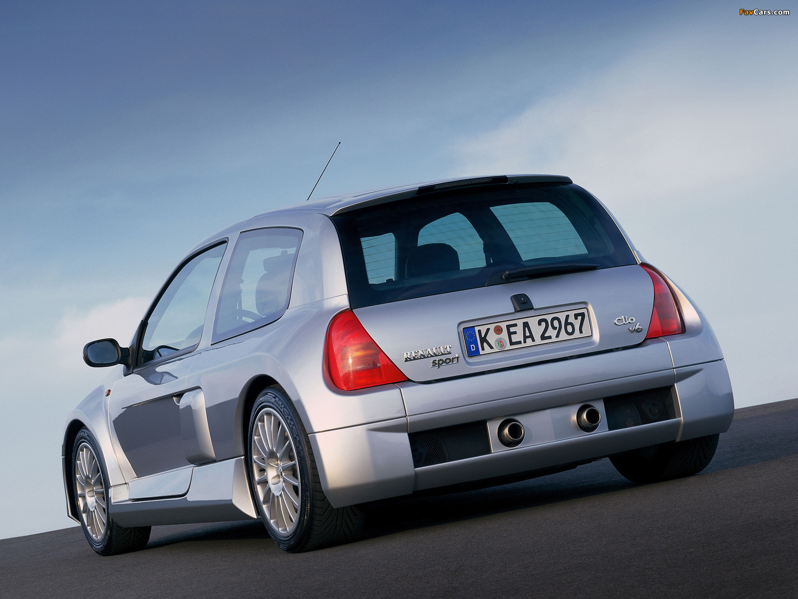 renault clio v6 sport 1999 2001 wallpapers 1600x1200. Black Bedroom Furniture Sets. Home Design Ideas