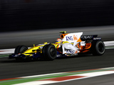Images of Renault R28 2008