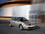 Renault Megane 5-door 2006–08 wallpapers