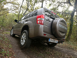 Photos of Suzuki Grand Vitara 5-door 2012