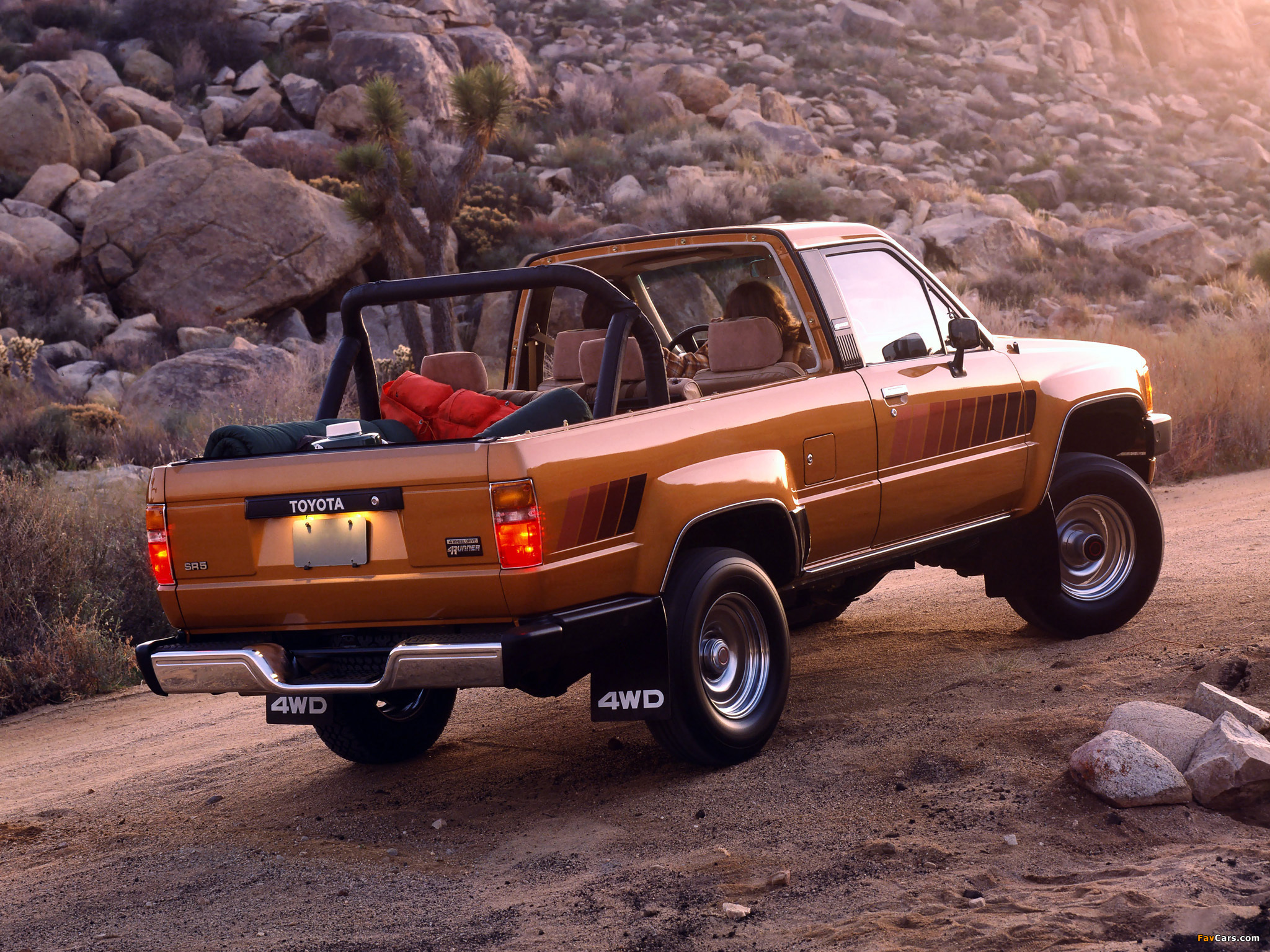 Wallpapers of Toyota 4Runner 1984–86 (2048x1536)