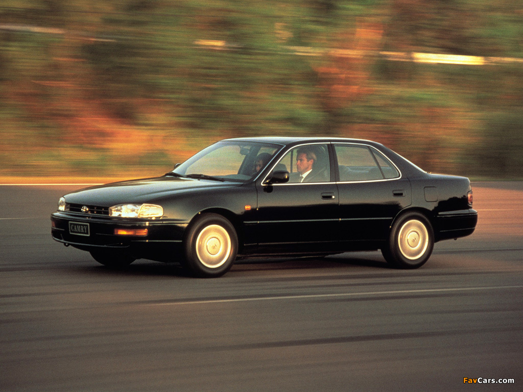 Toyota Camry Features Toyota Camry (XV10) 1991–96 photos (1024x768)
