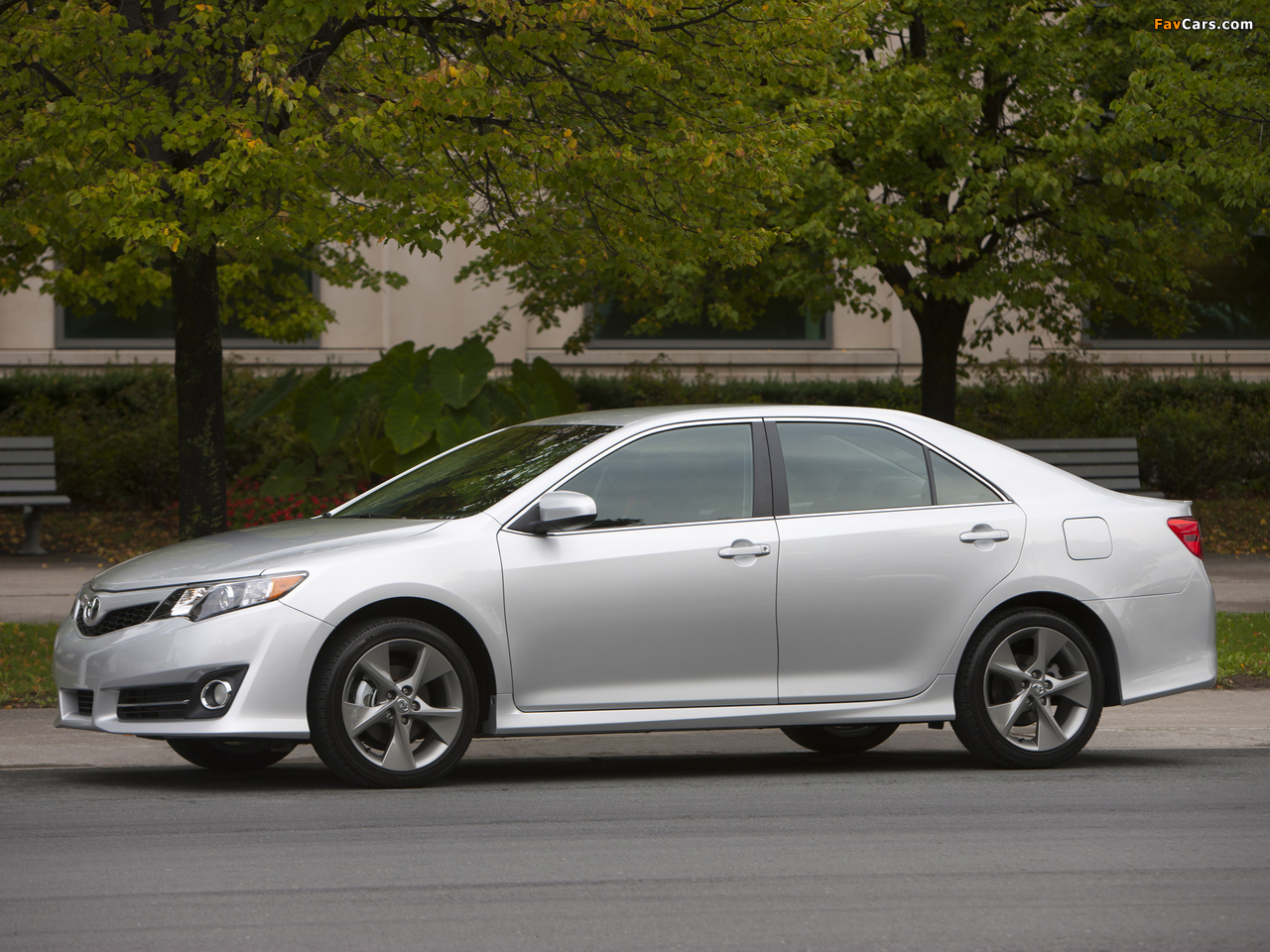 Toyota Camry Features